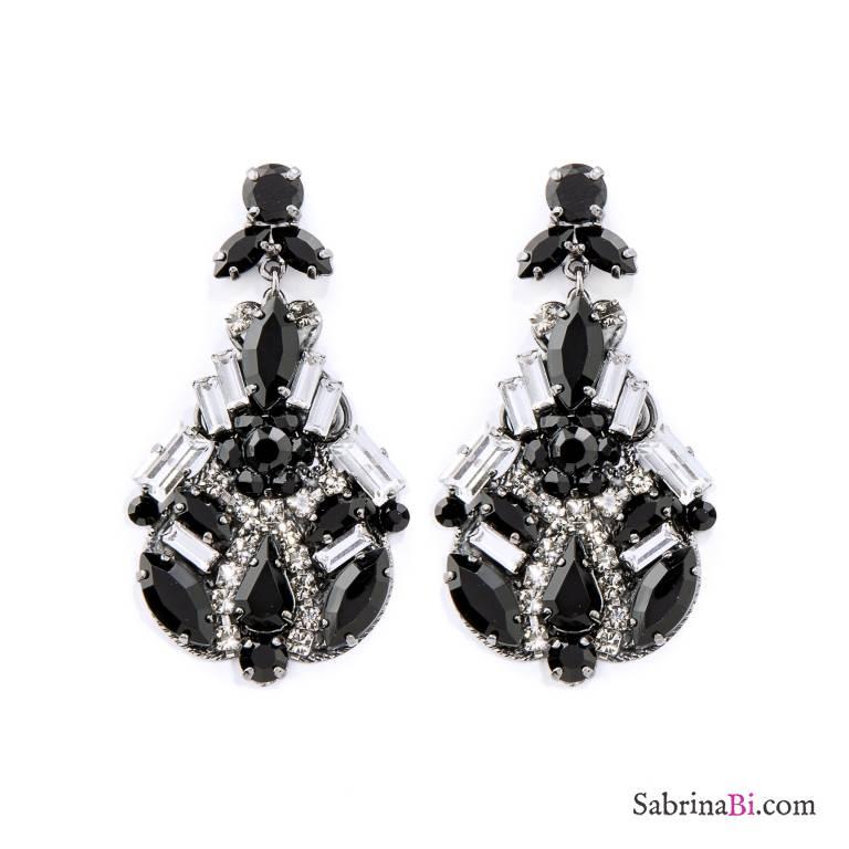 Orecchini Chandelier scintillanti in nero e cristalli Swarovski