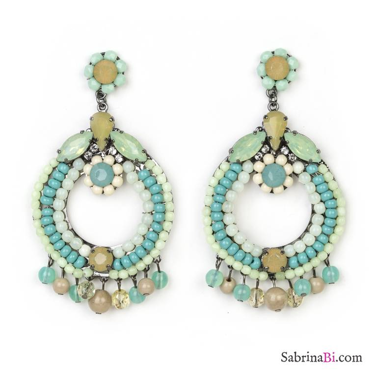 spesso Orecchini pendenti verdi a cerchio con perle e perline | Bianco  KJ48