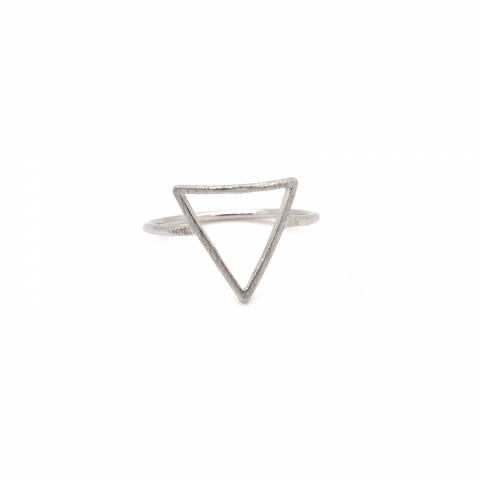 Anello argento elemento geometrico triangolare